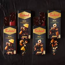 SUCHARD REGALA 10.000 TABLETAS DE CHOCOLATE NEGRO